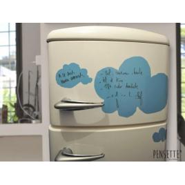 Tableau effaçable Pensette Nuage bleu de la marque Le Pré d'eau sur LaCorbeille.fr