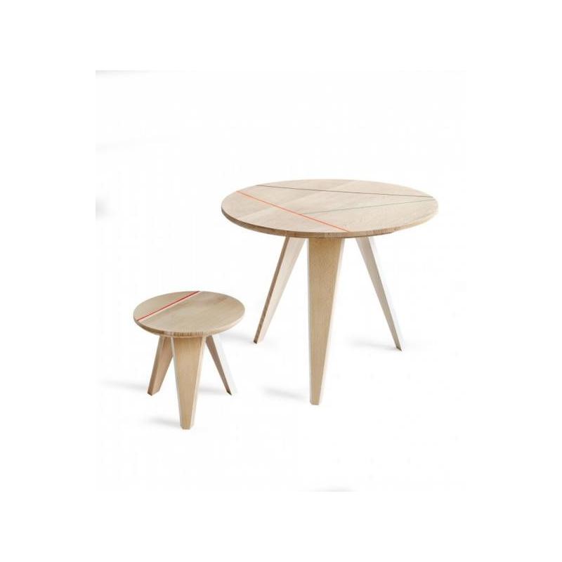 table d 39 appoint studio roof. Black Bedroom Furniture Sets. Home Design Ideas