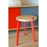 Tabouret design pieds rouges Canne en chêne sur LaCorbeille.fr