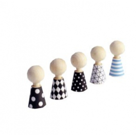 Pebbles : tiny wooden dools