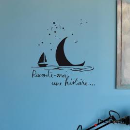 """Sticker Lune à l'eau """"Raconte-moi une histoire..."""" de la collection Poetic Wall par Mel et Kio sur LaCorbeille.fr"""