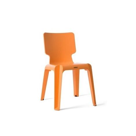 Chaise empiable Wait design Matthew Hilton pour Authentics sur LaCorbeille.fr