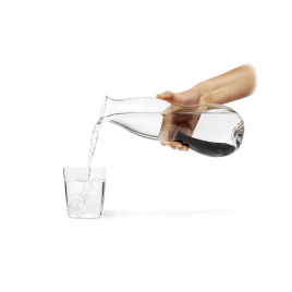 Glass carafe and charcoal water filter