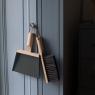 Balayette design haut de gamme de la marque Andrée Jardin sur LaCorbeille.fr