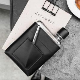 Housse vegan pour Bouteille réutilisable de poche A6 de la marque Memobottle sur LaCorbeille.fr