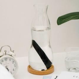 Personal Carafe avec filtre charbon de la marque Black and Blum sur LaCorbeille.fr