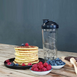 MIAM box: pancake shaker, recipe and spatula