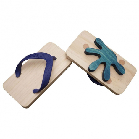 Ashiato-gecko footprints sandals